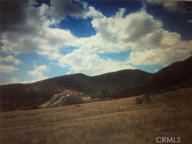 21 S Horning Rd S, Hemet CA: http://media.crmls.org/medias/2a526255-5277-4df5-ac60-fe9aad327a7a.jpg