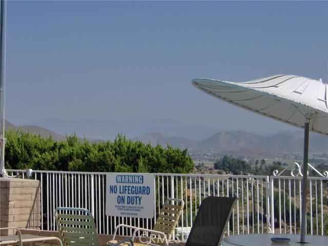 32600 State Highway 74, Hemet CA: http://media.crmls.org/medias/2a555f43-0f92-445b-85d6-8e81d11efff7.jpg