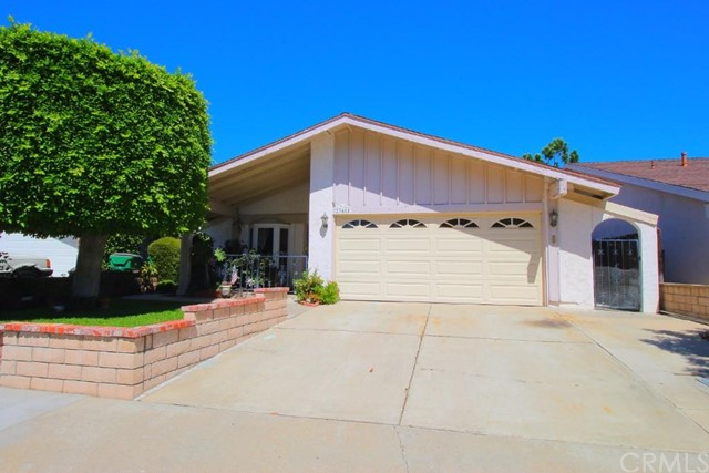Single Family Home for Sale at 23481 Via Burriana St Mission Viejo, California 92691 United States