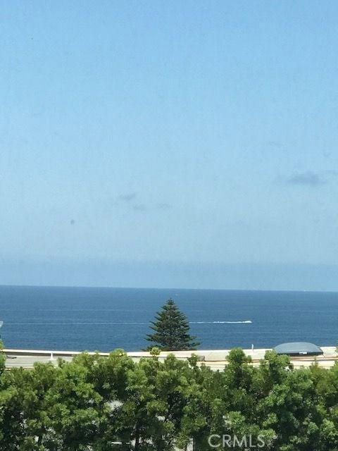 2930 S Coast S Highway, Laguna Beach CA: http://media.crmls.org/medias/2a6aa10e-df49-498d-87b4-40bfdb069acd.jpg