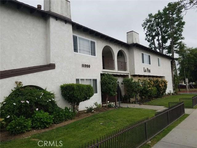11990 Old River School Road, Downey CA: http://media.crmls.org/medias/2a7933b4-2dce-47c8-a394-1a743cfdf000.jpg