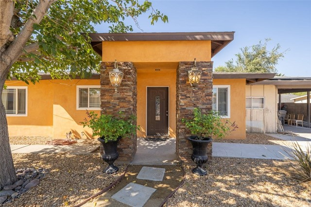 Detail Gallery Image 1 of 17 For 42317 45th St, Lancaster,  CA 93536 - 3 Beds | 1 Baths