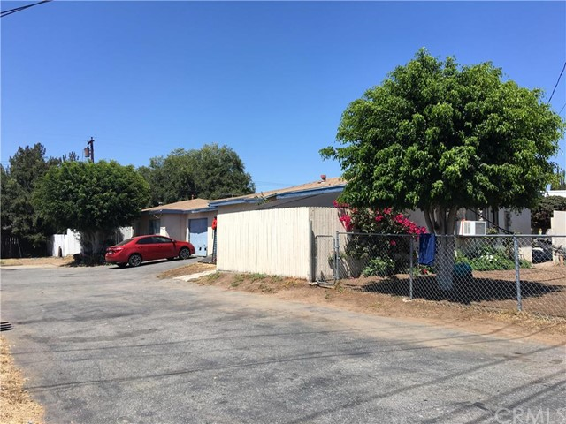 18631 E Vine Avenue Orange, CA 92869 is listed for sale as MLS Listing PW16154745