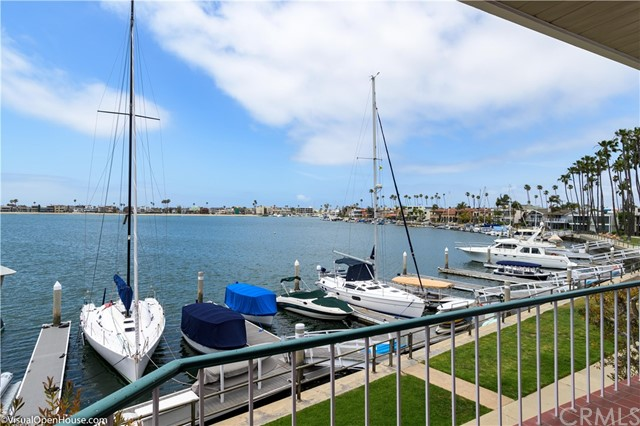 Long Beach Homes With Boat Slips | Long Beach Real Estate