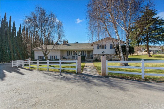Detail Gallery Image 1 of 1 For 10546 Poland Pl, Banning,  CA 92220 - 4 Beds   3 Baths