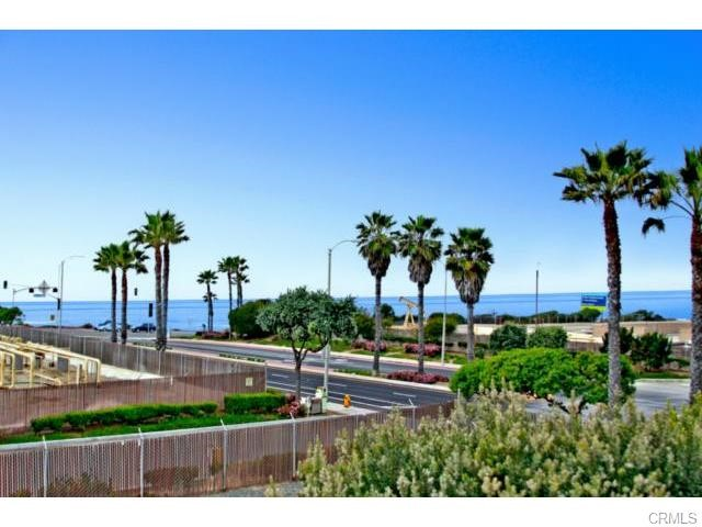 Condominium for Rent at 19271 Surfview St Huntington Beach, California 92648 United States