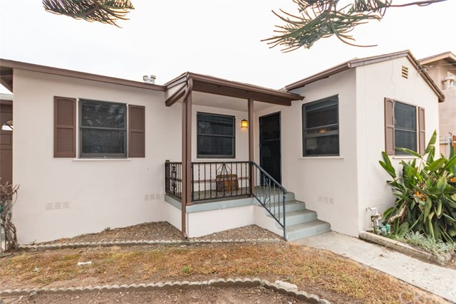 702 Vista Way Oceanside, CA 92054 - MLS #: SW17100060