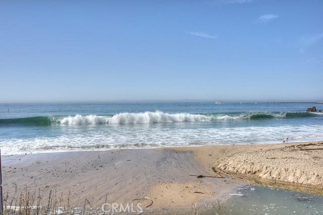 171 Pearl, Laguna Niguel CA: http://media.crmls.org/medias/2aafe0df-637d-4821-ae0b-1f44995ede9e.jpg