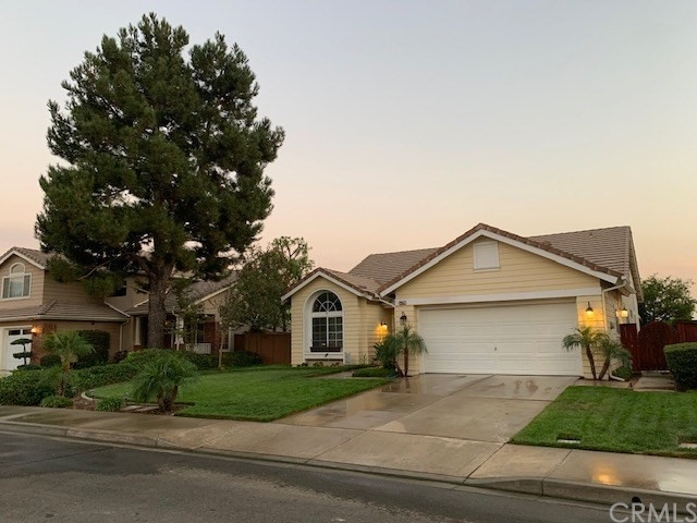 29557 SOUTHWOOD Lane Highland CA 92346