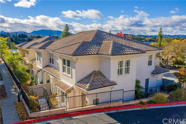 9420  Casa Bella Court, Atascadero, California