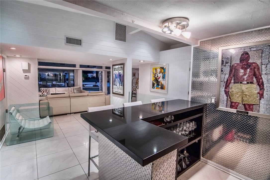 7475 Mulholland Drive Los Angeles, CA 90046 - MLS #: BB17123299