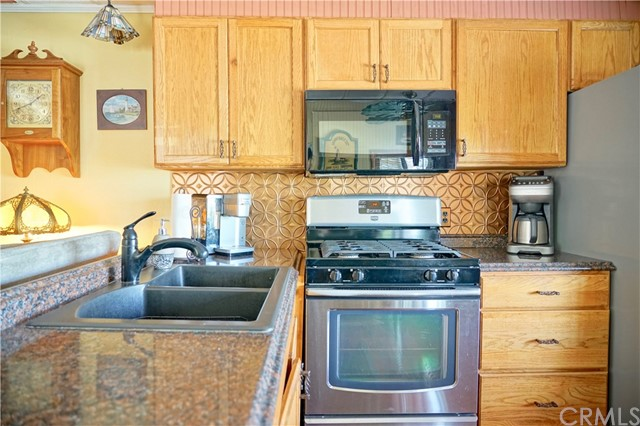 11270 Konocti Vista Drive, Lower Lake CA: http://media.crmls.org/medias/2acda19a-5f09-4e9b-8d6d-4edc297e38b4.jpg
