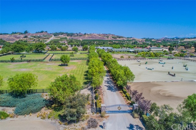 Photo of 37450 Pauba Road, Temecula, CA 92592