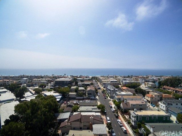 Additional photo for property listing at 504 1st Street 504 1st Street Manhattan Beach, California,90266 Estados Unidos