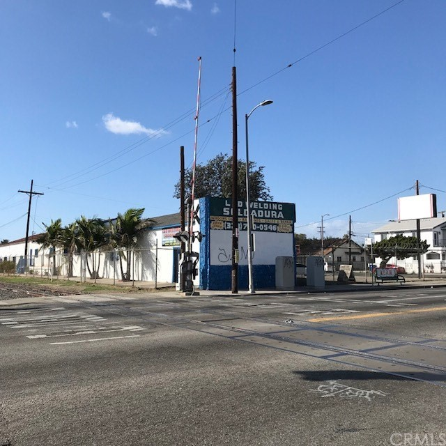 5815 S Normandie Av, Los Angeles, CA 90044 Photo 1