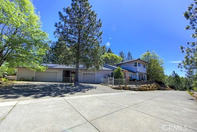 Casa Unifamiliar por un Venta en 8943 Fox Drive Cobb, California 95426 Estados Unidos