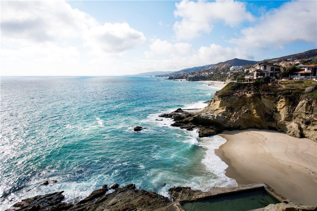 Photo of 32 N La Senda Drive, Laguna Beach, CA 92651