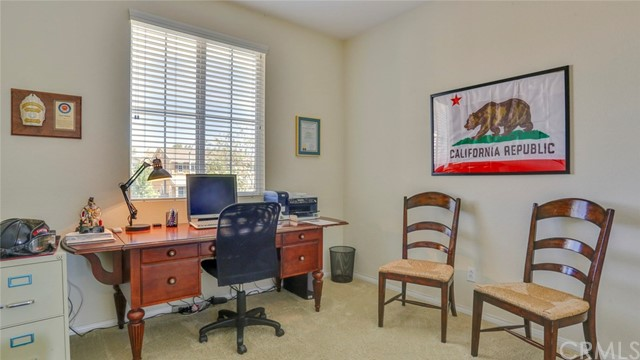 29111 Rocky Point Court, Menifee CA: http://media.crmls.org/medias/2aefd331-c7b1-4b02-b709-f0fb503d8fee.jpg