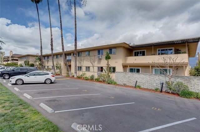 865 W Huntington Drive, Arcadia CA: http://media.crmls.org/medias/2af0a9c3-825b-4a81-88a4-82a7c23103d1.jpg