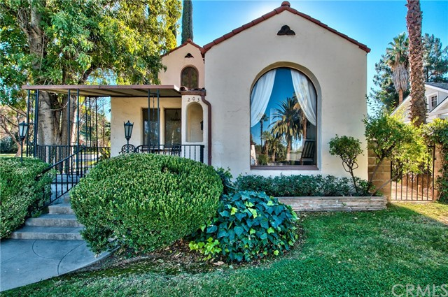 203 W Cypress Avenue, Redlands CA 92373