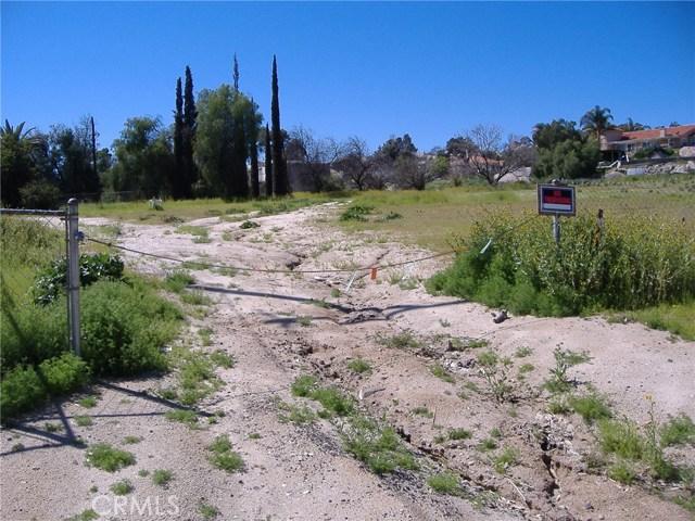 683 W Nuevo Road, Perris CA: http://media.crmls.org/medias/2b147c7d-1835-4ad4-bbb1-431534d05b18.jpg
