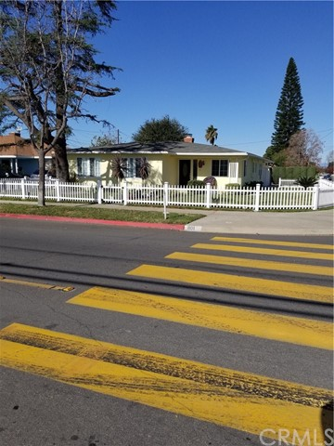 801 W Sycamore St, Anaheim, CA 92805 Photo 36