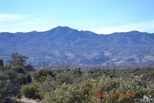 69830 Burlwood Drive, Mountain Center CA: http://media.crmls.org/medias/2b20301a-17c6-432f-aac0-3c628158a1df.jpg