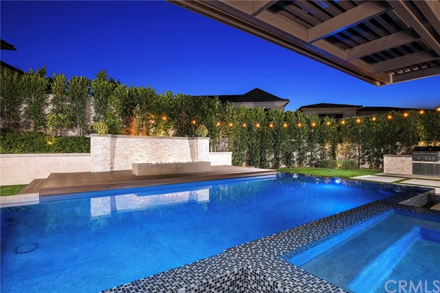 Photo of home for sale at 79 Eider Run, Irvine CA