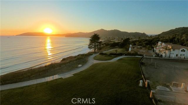 215 Radda Way, Pismo Beach CA: http://media.crmls.org/medias/2b3a7781-1e3e-4769-9995-29c6c11453c1.jpg
