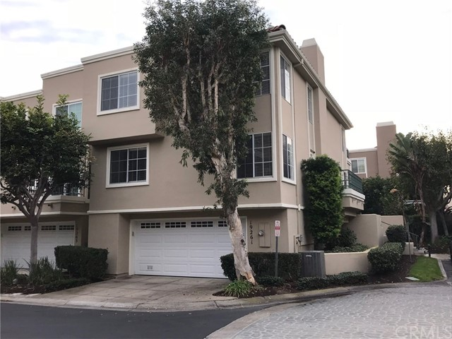 19261 Meadowood Circle, Huntington Beach, CA, 92648