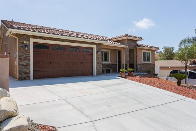 Photo of 23070 Giant Fir Place, Canyon Lake, CA 92587