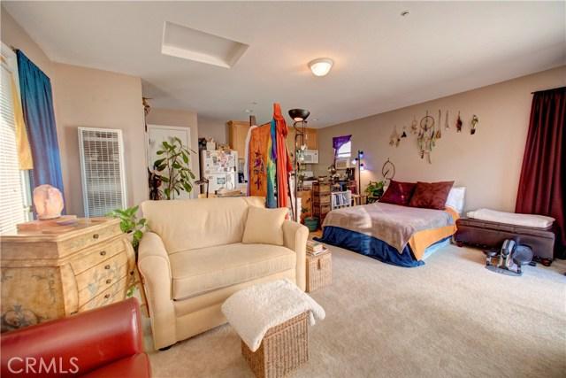 1771 Singletree Court, San Luis Obispo CA: http://media.crmls.org/medias/2b56ce05-efbe-4ea5-b2b8-d6a11718e2a5.jpg