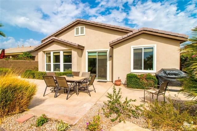81759 Brittlebush Lane, La Quinta CA: http://media.crmls.org/medias/2b5c9d20-ddaf-40bf-a572-4eb331c5c4d1.jpg