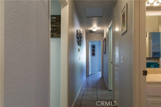2468 Highland Road, Upland CA: http://media.crmls.org/medias/2b77dbf5-828b-4cc4-8031-768abed178c0.jpg