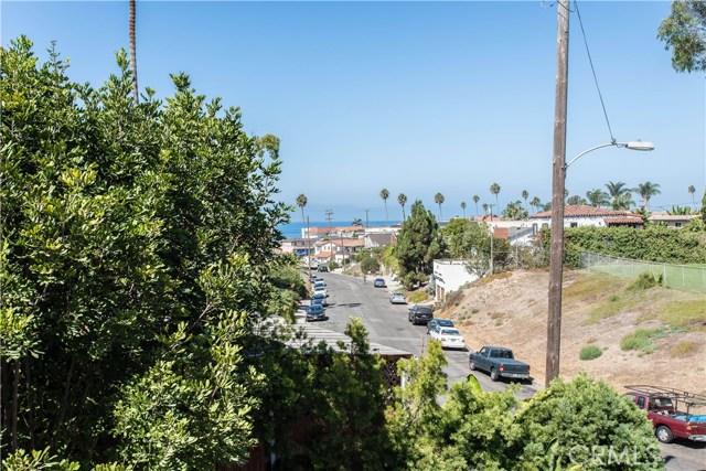 229 W El Portal, San Clemente CA: http://media.crmls.org/medias/2b7e04d6-2012-4284-a40c-c644ffb8101c.jpg