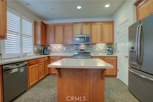 3724 Fallview Avenue, Ceres CA: http://media.crmls.org/medias/2b88e628-311d-46c5-8a4e-af5abf85e990.jpg