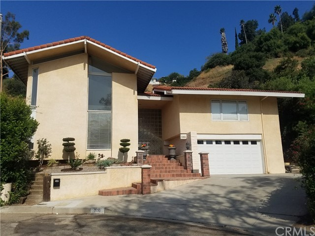 Single Family Home for Rent at 700 El Tesorito Street South Pasadena, California 91030 United States