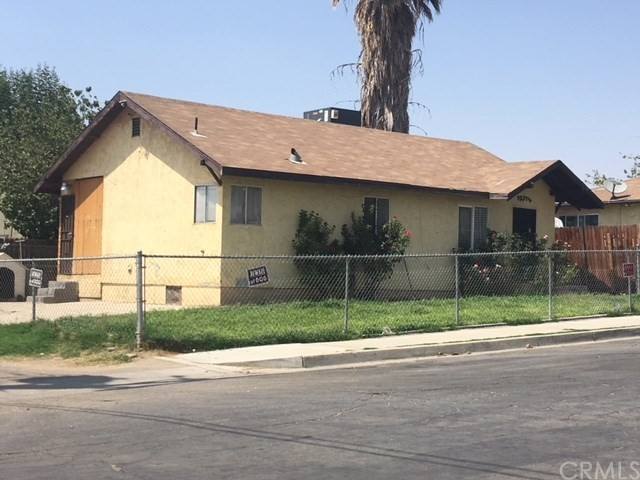 1231 LINCOLN Street, Bakersfield CA: http://media.crmls.org/medias/2ba97386-7da6-45ff-b066-91a9279e43ae.jpg