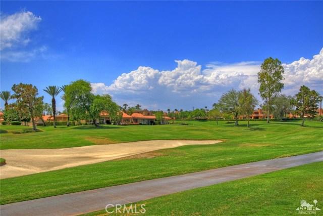75 Augusta Drive, Rancho Mirage CA: http://media.crmls.org/medias/2bb002dd-4ac3-45d5-80f9-5a0ae14f1158.jpg