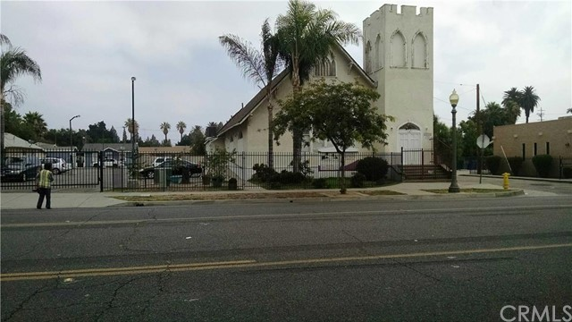 Single Family for Sale at 760 Sixth San Bernardino, California 92410 United States