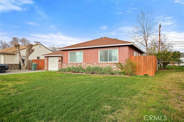 488 E 16th Street, San Bernardino CA: http://media.crmls.org/medias/2bc8c758-78f7-453d-b3b0-1c77d1b69726.jpg