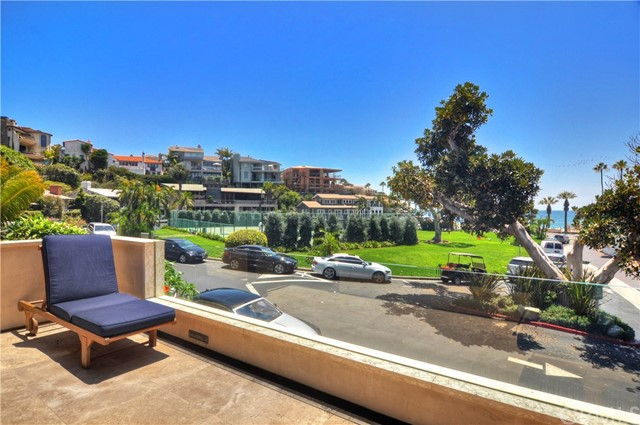 71 EMERALD BAY , CA 92651 is listed for sale as MLS Listing LG18191875