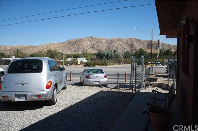 49896 29 PALMS Highway, Morongo Valley CA: http://media.crmls.org/medias/2bd69950-f0d5-4a38-bd9d-cb44d8d891e0.jpg