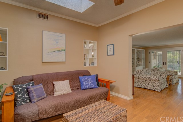 795 Via Los Altos, Laguna Woods CA: http://media.crmls.org/medias/2bdc3902-2167-4be3-b800-41e370fe83db.jpg
