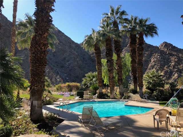 78255 Cabrillo Lane, Indian Wells CA: http://media.crmls.org/medias/2be103f9-6bf6-428c-9e03-8ad05d69bd2e.jpg