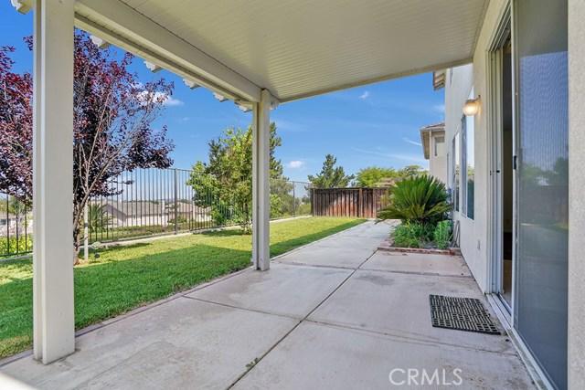 8399 Attica Drive, Riverside CA: http://media.crmls.org/medias/2be719f3-4d91-45b0-97e4-bd54ff3d7fe5.jpg