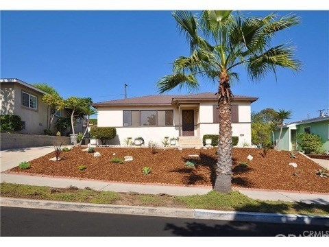 1316 S Helberta Avenue, Redondo Beach CA: http://media.crmls.org/medias/2be851f6-677d-4b36-8340-b5bc664d8c0f.jpg
