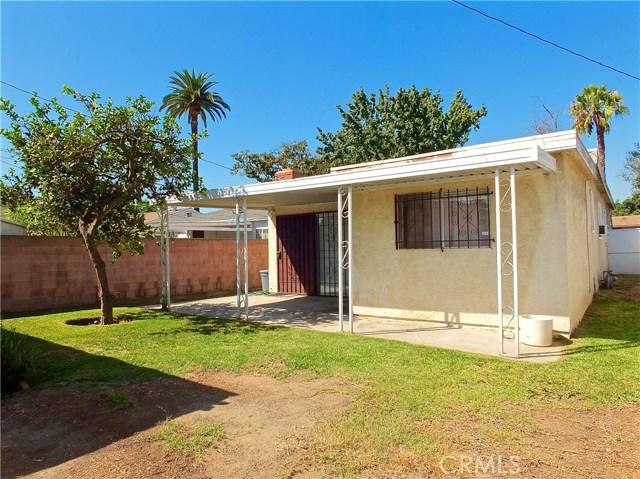 2774 Delta Avenue, Long Beach CA: http://media.crmls.org/medias/2bf80438-90a8-49fb-acdf-68c803d836f7.jpg