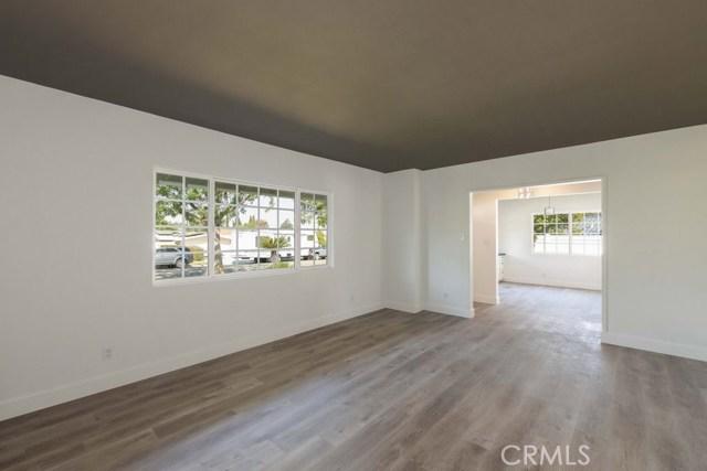 624 Lancer Lane, Corona CA: http://media.crmls.org/medias/2bfedba3-db96-4471-9b09-0322f1a46d61.jpg