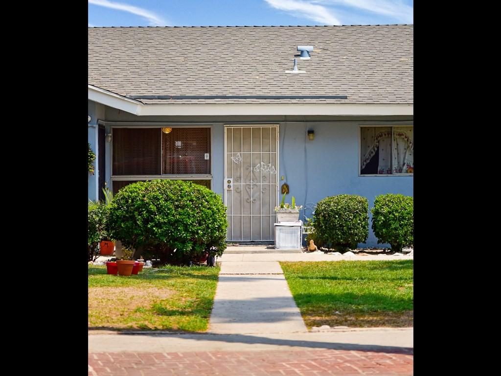 417 W Guinida Ln, Anaheim, CA 92805 Photo 1